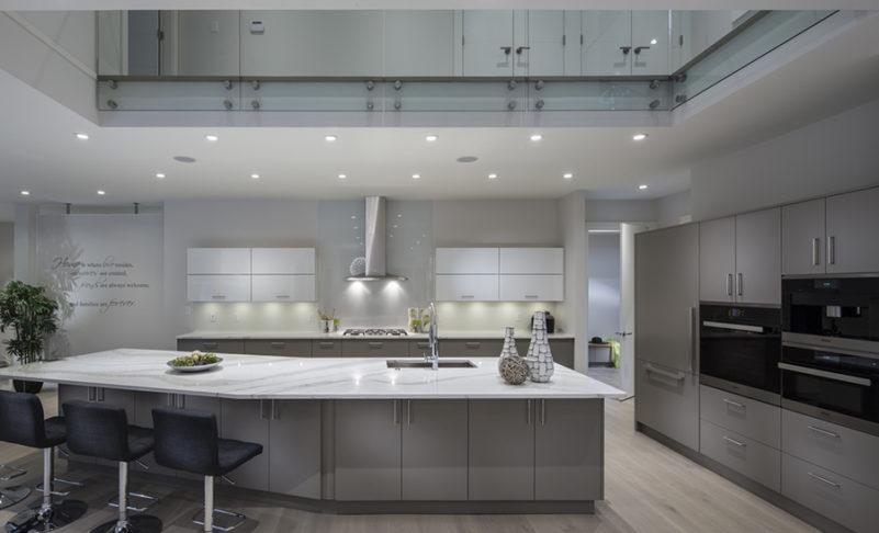West Vancouver Modern Kitchen | FLOFORM Countertops