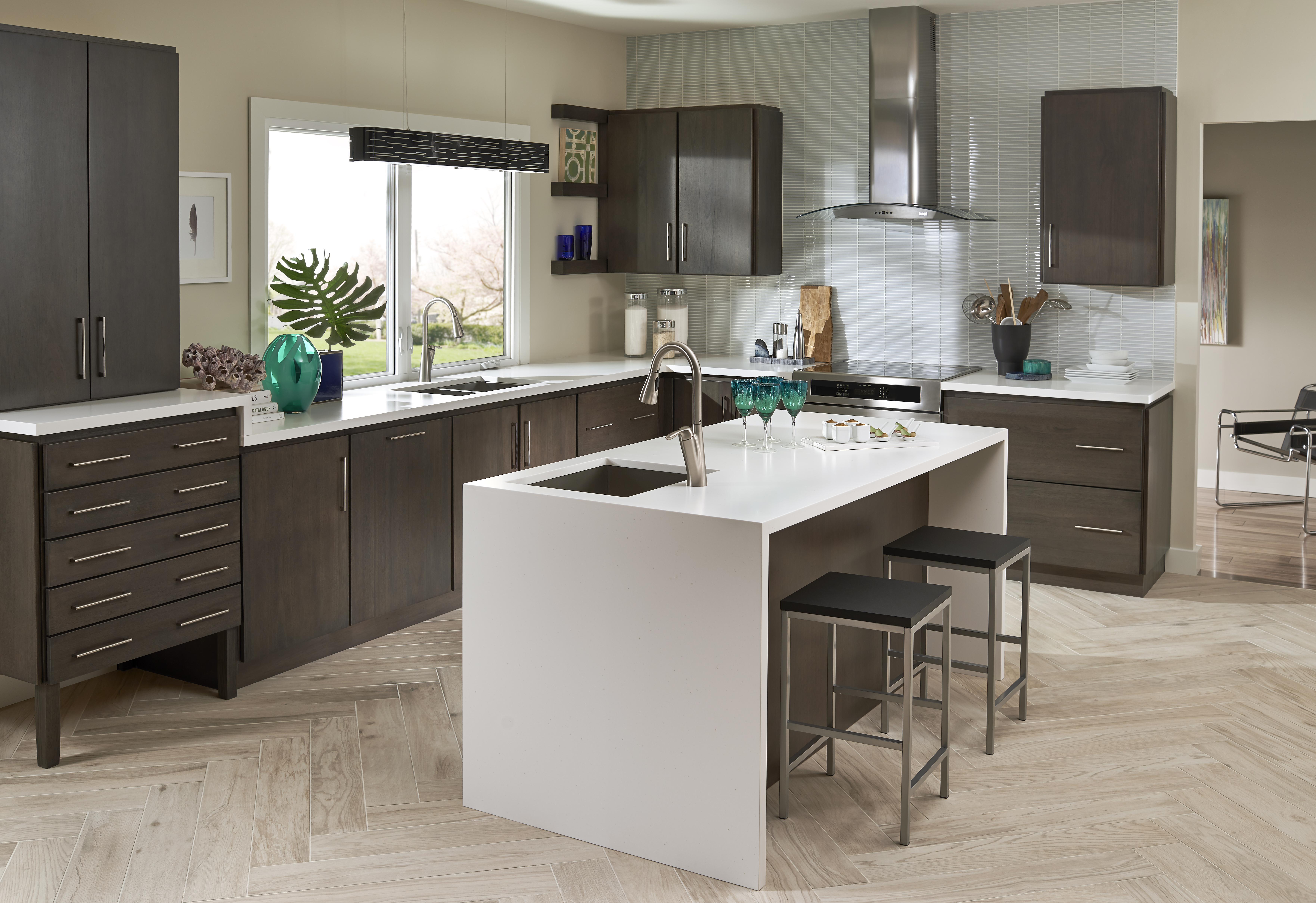 solid surface countertop kitchen in corian color Jasmine White