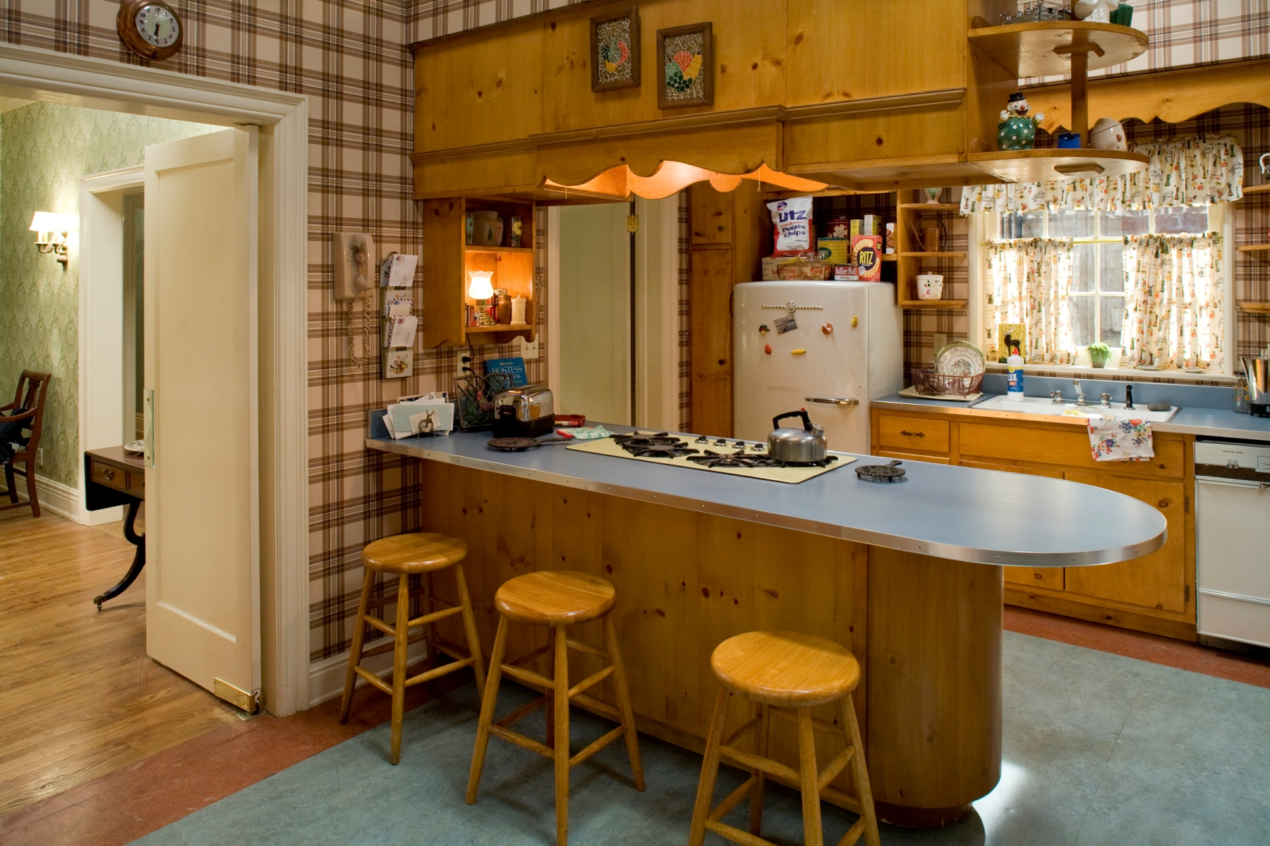 mad men kitchen