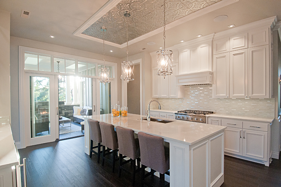 white backsplash