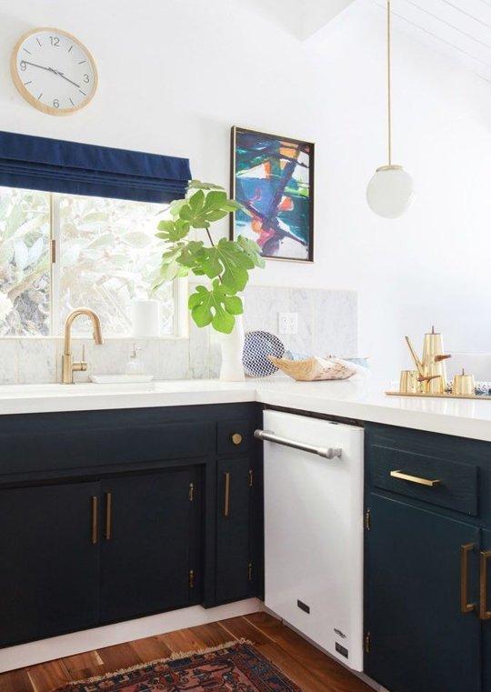 5 White Kitchens Inspirations Floform Countertops