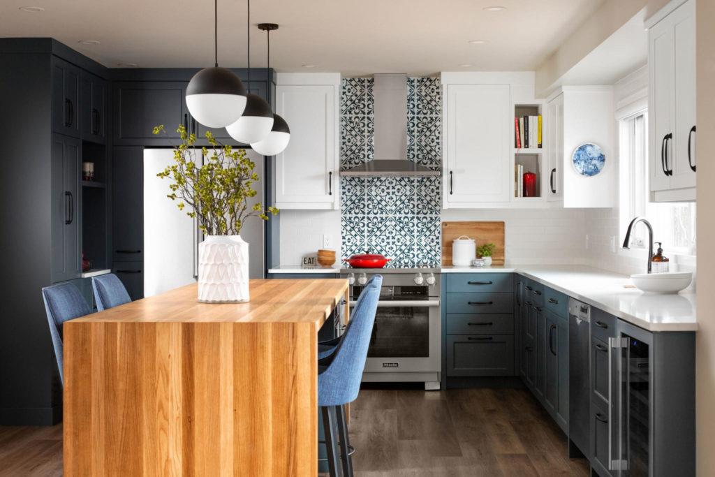 Wood-Caribou-white-oak-kitchen-island