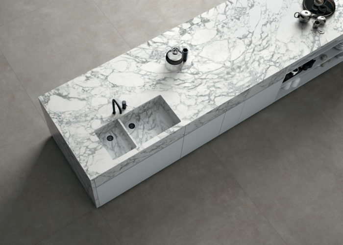 Calacatta Arabescato | Concrete Grey
